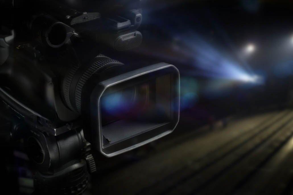 photo d'une caméra dans un environement de tournage